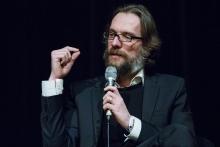 "Picture of Thibaut de Ruyter in an Q&A after the screening of ""Echtzeit"""