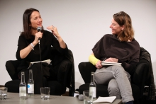 "Natalie Fento (left) in conversation with Patricia Reed (right) at ""Middle Session: The Middle to Come"", transmediale 2017"