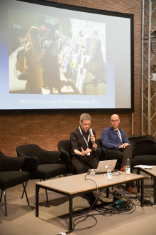 """Alessandro Ludovico and Jussi Parikka at the talk """"The Temporary Library"""", transmediale 2017"""