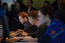 """Impression of """"Trail Blazers Web Surfing Contest"""" at transmediale 2013 BWPWAP."""