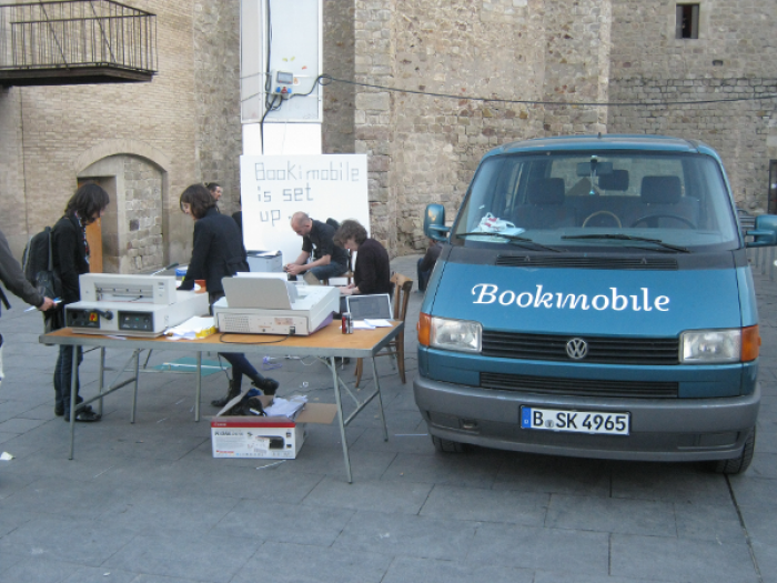 Booki Mobile, Photo: Adam Hyde In Barcelona at Drumbeat Licence CC-0
