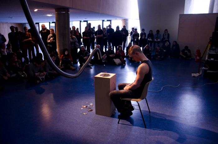 "Picture of ""Waste Circuits (2013)"", performance by Dani Ploeger"