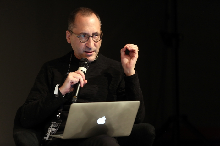 """Christ Salter at """"Middle Session: The Alien Middle"""", transmediale 2017"""