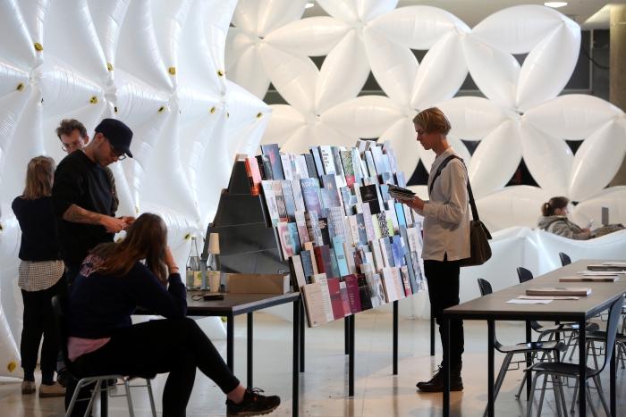 Foyer, transmediale 2017 ever elusive