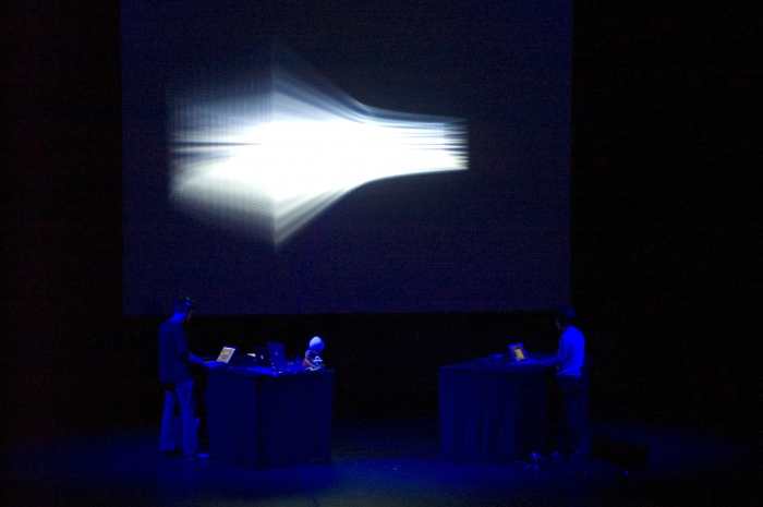 Hystere, performance at transmediale 2008.