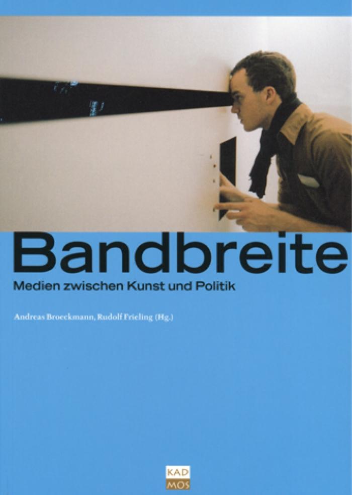 Cover Bandbreite, Installation »iow ianalbipootv mmif with mftw ibn cotflgohaha isbt« von Péter Frucht bei der transmediale.02